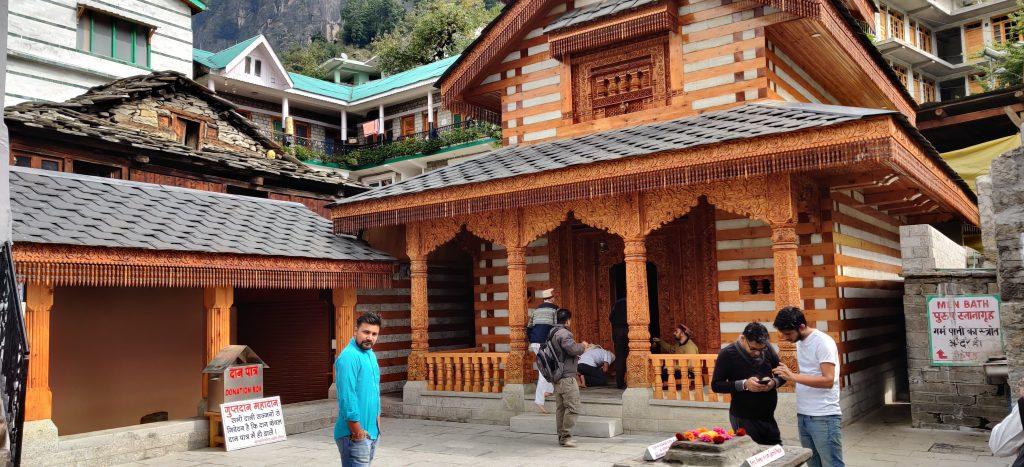 vashista-temple-manali